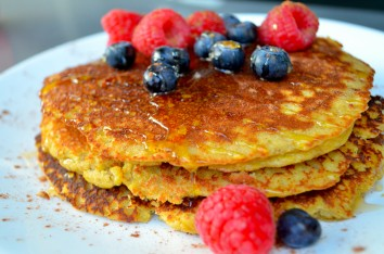 paleo-recipes_almond-flour-pancakes