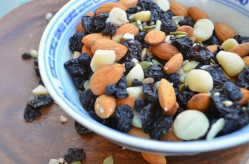 paleo-recipes_paleo-trail-mix